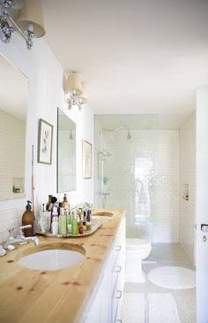 Simple bathroom | domino.com