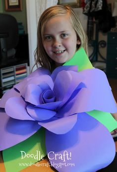paper roses, idea, doodl craft, ginorm paper, doodles, giant paper flowers diy, papers, gigant paper flowers, crafts