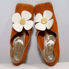 Check these babies out!  Vintage 1960s shoes - size 7 - orange spice suede w white leather daisies flowers - John Wright Swinging London Group England. $145.00, via Etsy.