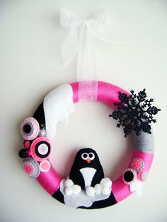 Penguin wreath-This is adorable!