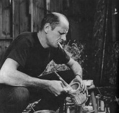 Jackson Pollock Mixing Paint (1950)