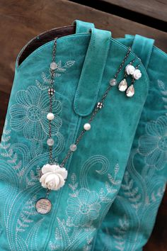 ❥ Creamy FLower Dangles~ Beth Quinn Designs, Romantic Inspirational Jewelry