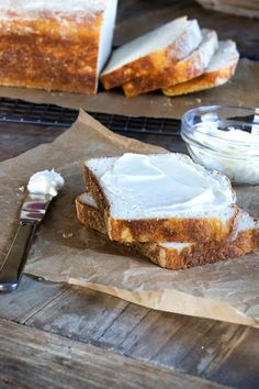 GF English Muffin Bread! Yum! :-) http://glutenfreeonashoestring.com/gluten-free-english-muffin-bread-gfoas-bakes-bread/