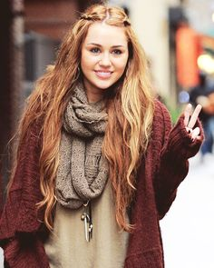 Miley Cyrus | long hair