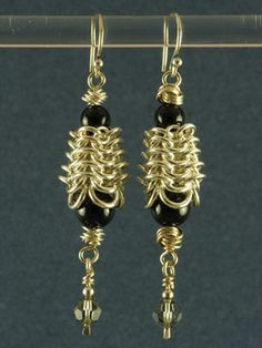 european 4-1 beehive chainmaille earrings