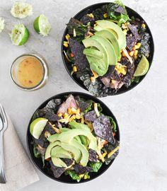Tequila Lime Flank Steak Fajita Salad with Chile Lime Vinaigrette I howsweeteats.com