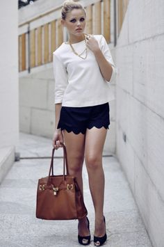 simple, feminine, classic AND chic. DONE.