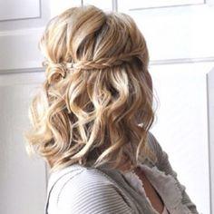 Pretty wedding hair idea for short/medium length hair :)