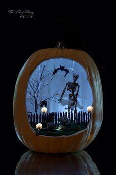 Halloween Craft. Pumpkin Diorama http://www.theartofdoingstuff.com/halloween-craft-pumpkin-diorama/ <-Tutorial