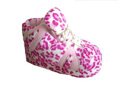 Love my Pink Leopard Snooki Slippers <3