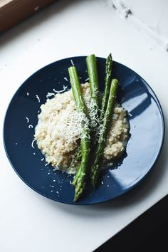 Parmesan Garlic Quinoa with Asparagus
