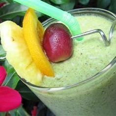 "Hala Kahiki Green Smoothie | ""Hala kahiki, the Hawaiian word for pineapple, green smoothie made with spinach is a refreshing and tropical way to start the day."""