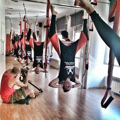 Aerial Yoga ,Foto: 5 GREAT BENEFITS* OF #AEROYOGA TM *INVERSION #POSE (#VAIHAYASA #SIRSASANA)-DECREASE STRESS-STAVE BACK PAIN-REDEFINE ABS-I...