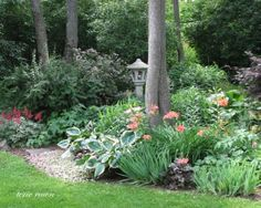 Beautiful shady bed from Fine Gardening.