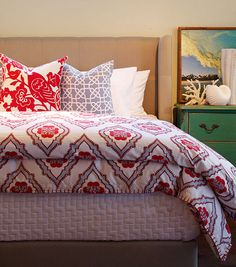 Love this bedding! #goodhousekeeping #happyroom