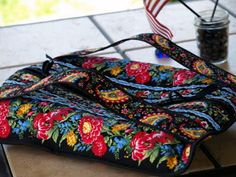 lovely and best casserole carrier