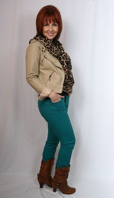 """Putting together an awesome thrift store outfit! Love the animal print scarf and colored jeans, which is so """"in"""" right now!"""