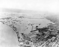 June 20, 1933 - from 4000 ft. elevation looking down river from Vancouver. The Columbian Files.