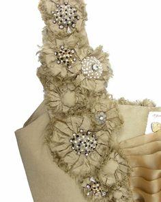 Flower button strap details