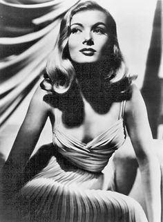 Veronica Lake hair for the wedding