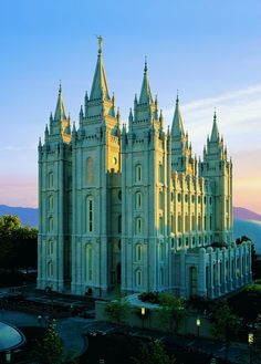 The beautiful Salt Lake City LDS Temple. This truly is God's house.