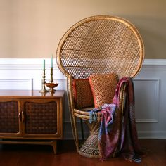 RhapsodyAttic    Chinoiserie Peacock Chair. High Fan Back Throne. Armchair. Rattan. Wicker. Eclectic. Mid Century. Fall. Alfresco Dining. Interior Design.  $350