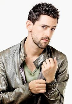 Luis Gerardo Méndez was born on March 12, 1982 in Aguascalientes, Aguascalientes, Mexico. He is an actor and producer - Read more: http://www.newnownext.com/mexican-actor-luis-gerardo-mendez-comes-out-as-gay/08/2014/