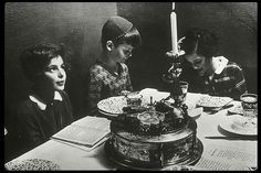 children at a seder table