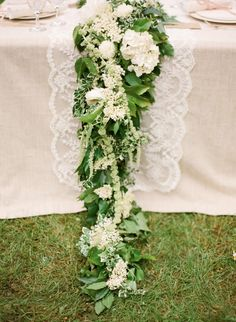 White and green centerpiece garland