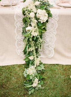 White and green centerpiece garland