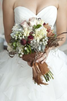 Very unique textural bouquet ~