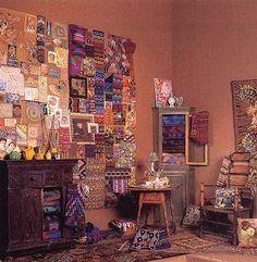 One of Kaffe's studio spaces.  (Kaffe Fassett) 3 months, knitting needles, studio spaces, boston, kaff fassett, textil, kaff studio, art school, fashion designers