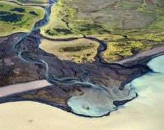 Stunning geomorphology of Icelandic rivers, by Andre Ermolaev (Aerial Rivers 14)