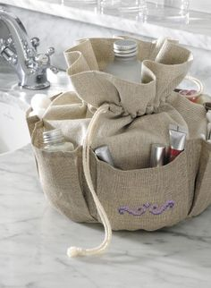 Beautiful totey bag - need one of these...clutter buster sew, idea, patterns, handbags, picnics, linens, clutter busters, organizers, france