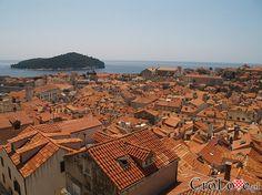 Dubrownik - widok na stare miasto z murów  // #Croatia #Chorwacja #Dubrownik #Dubrovnik http://crolove.pl/wakacje-w-dubrowniku-wskazowki/