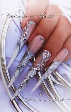 &&@&& ice queen, silver stiletto, stiletto nails, nail design, nail art, queen nail
