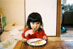 未来 ちゃん, kotori kawashima, little girls, mirai chan, miraichan, food, book, children, kid