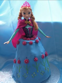 DIY Anna birthday cake #frozen