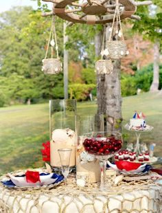 7 Stylish Nautical Party Decorations for outdoors.