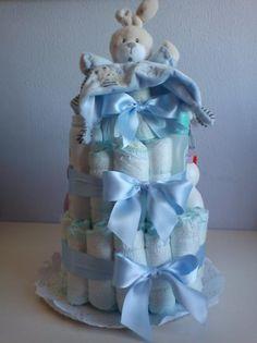 Tarta de pañales para bebé niño