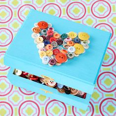 easy craft for older kids (the young would want to put buttons in their mouths!)