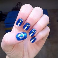 Hanukkah Nail Art Designs