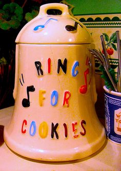 1940s Vintage Kitchen Collectible Cookie Jar