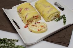 Omelette Roll Recipe  ( I dont like that you have to use flour in this but on the off day it looks good.)