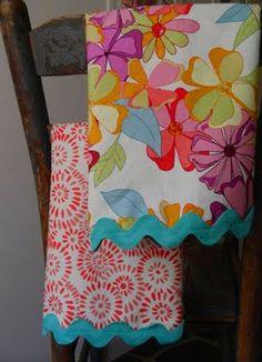 DIY dish towels. A great gift idea too!