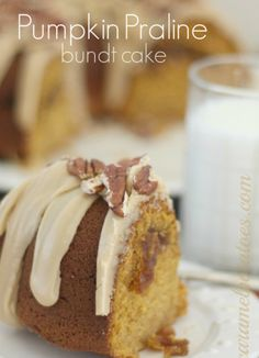 Pumpkin Praline Bundt Cake