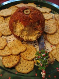 CONFESSIONS OF A PLATE ADDICT: Bonnie's Cheese Ball...or...An Old Family Recipe