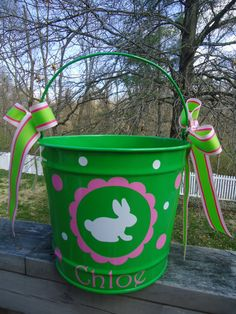 Personalized Easter Bucket - 10 quart size, bunny with scallop design, many colors and designs available