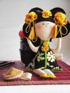 Chinese DOLL with fortune COOKIE - Limited Edition- handmade in Italy.