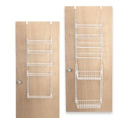 @Andrea Here's the adjustable rack at Bed Bath & Beyond